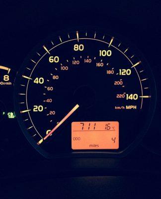 cuadro-coche-ahorrar-gasolina