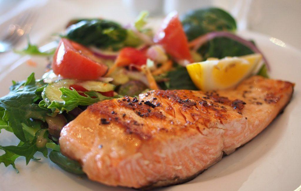 ensalada-y-salmon