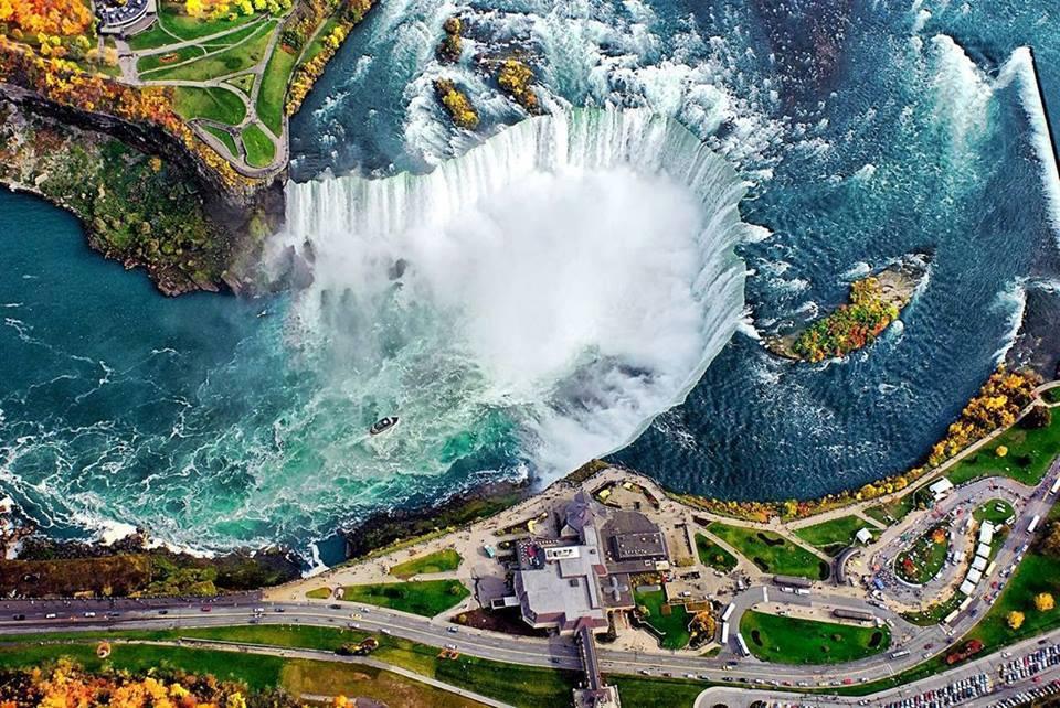 fotografia-aerea-Cataratas-del-Niagara-Estados-Unidos-Canada