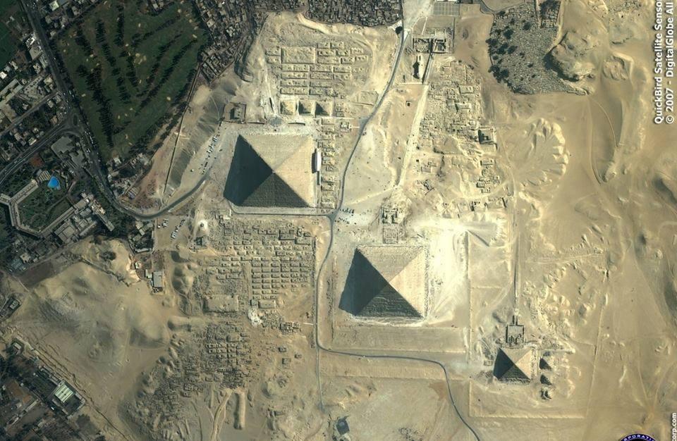 fotografia-aerea-Pirámides-de-Giza-Egipto